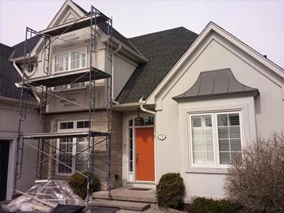 painting stucco on custom home