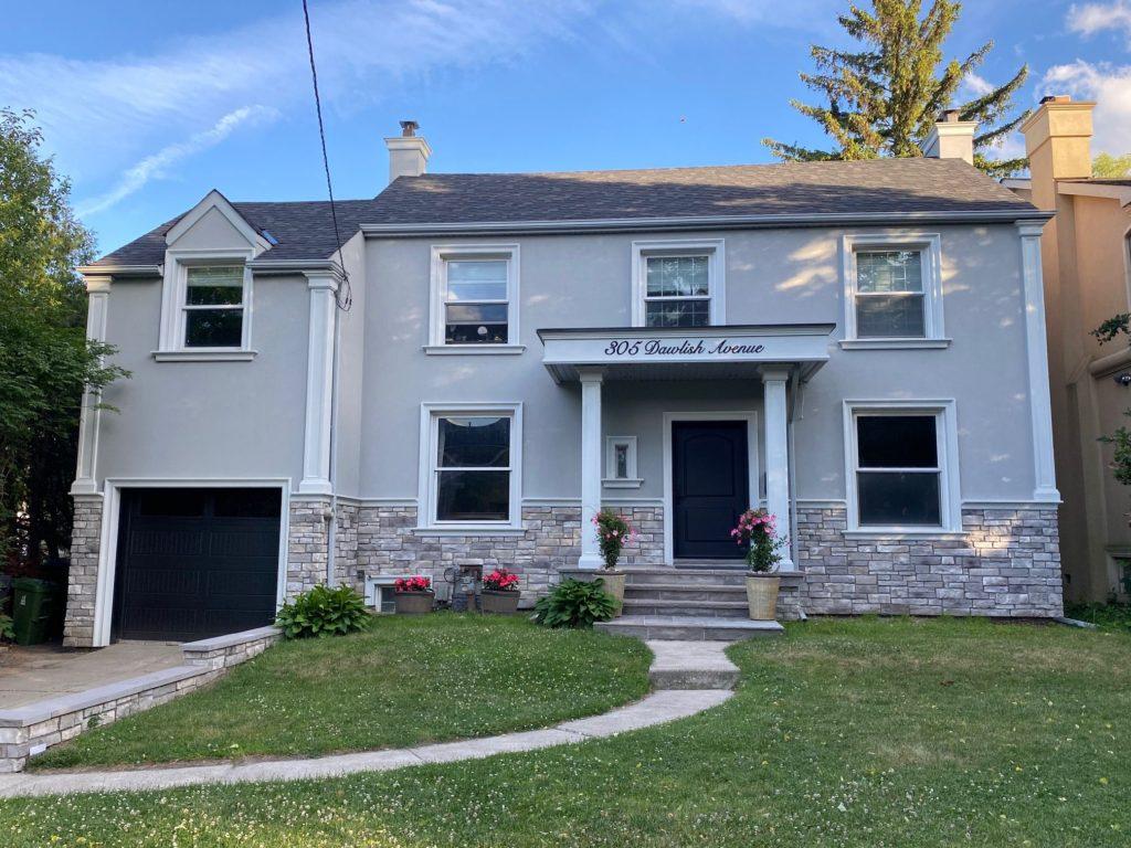 amazing custom home with exterior stucco