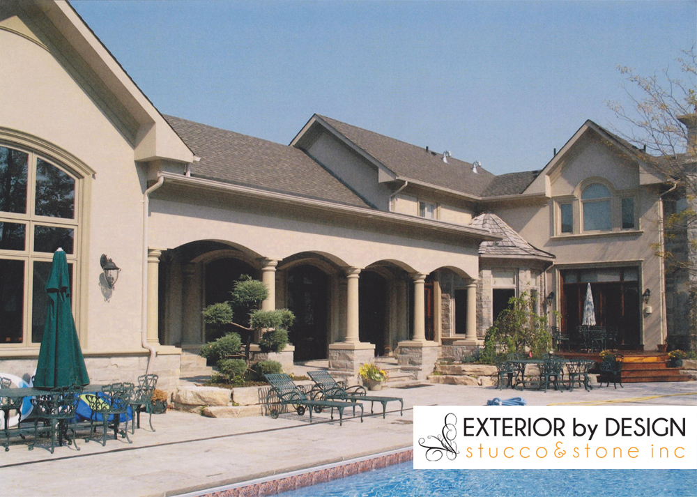 Amazing Custom Home with Beige Exterior Stucco Thornhill