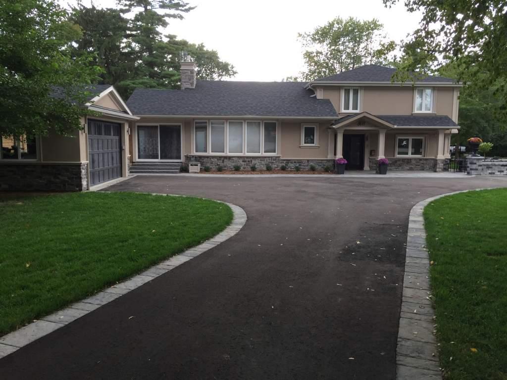Amazing Custom Home with Exterior Stucco and Stone Veneer Aurora