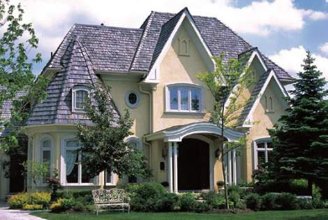 Classic Home Exterior Design with Beige Color Stucco Etobicoke