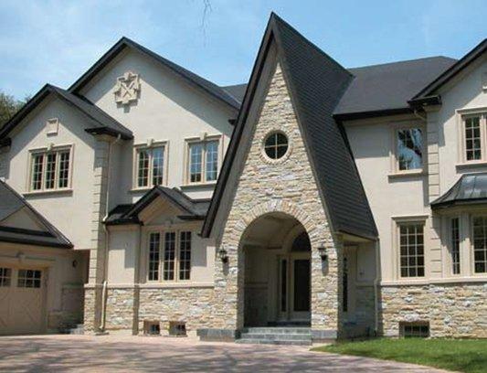 Classic Home Design with Exterior Stucco Siding